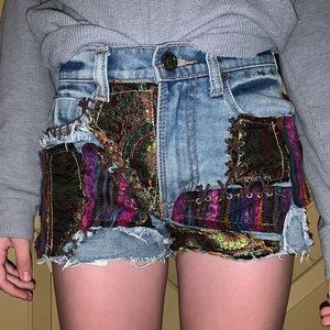 UNIF Patch Shorts